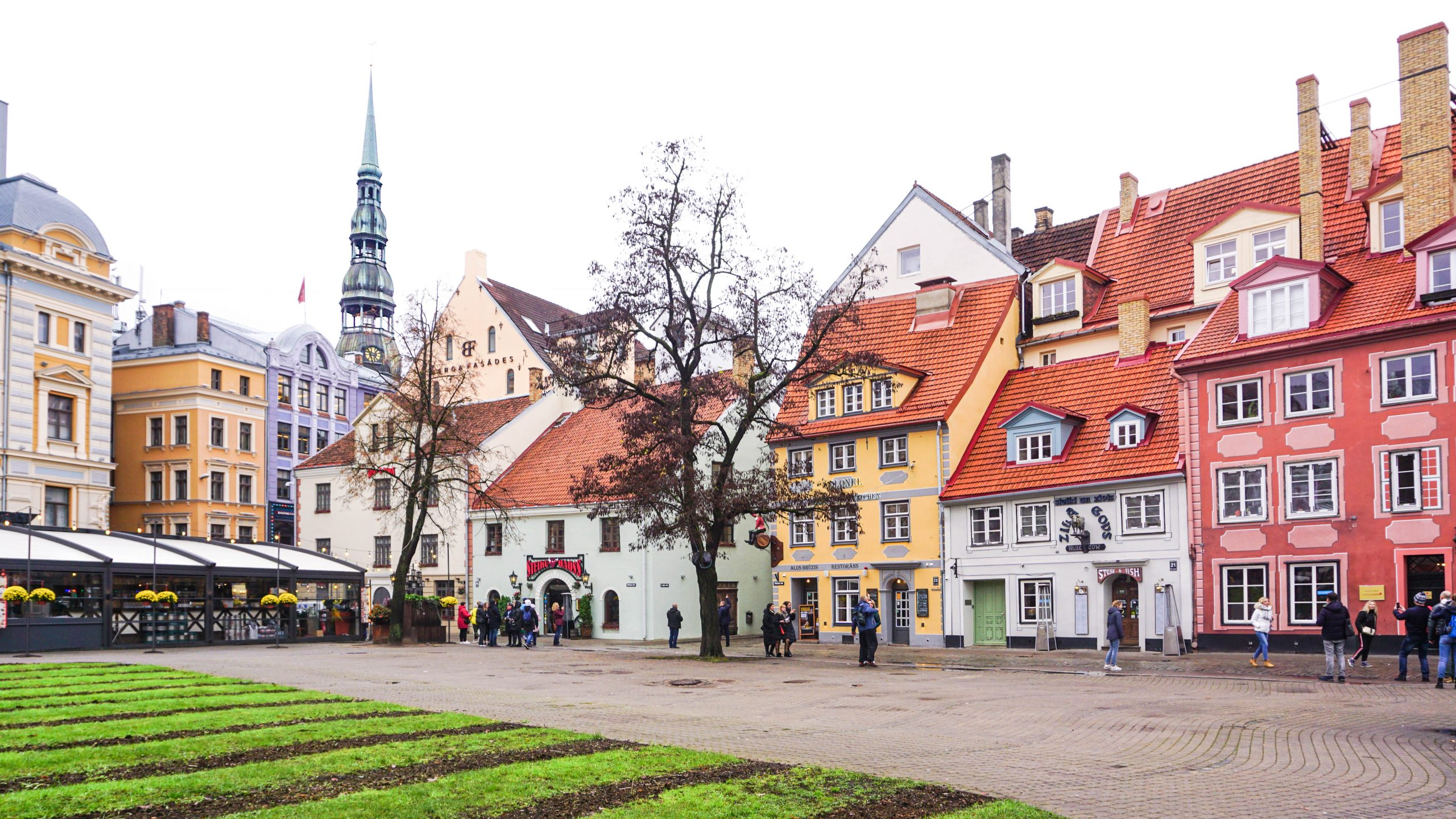 My first travel conference and a solo trip to Riga